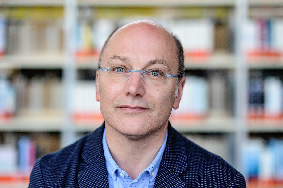 Luc Blanvillain : «Mon roman est parti du fantasme d'être débarrassé de son téléphone»