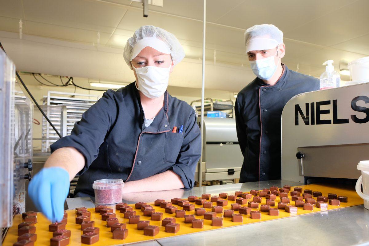 Plongée dans l'atelier de la chocolaterie du Pecq