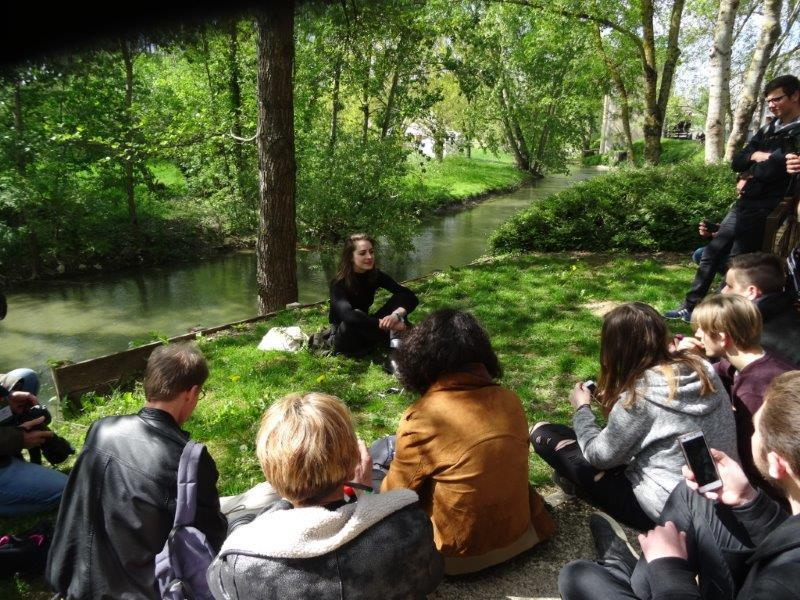 Fishback : une interview sur l'herbe.