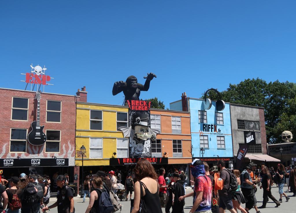 Comme chaque année, un village à la Camden a été construit dans le festival. (Photo tmv)