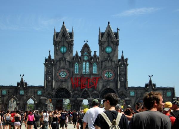L'entrée du Hellfest (Photo tmv)