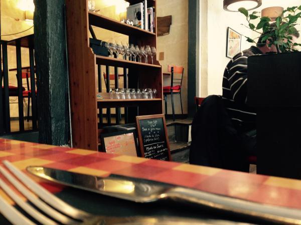 Sous l'enseigne Frenchy's Burger se cache aussi un bistrot qui propose entrées, plats et desserts. (Photos tmv)