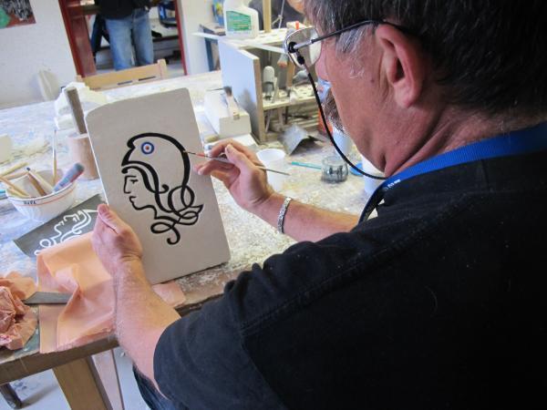 Loïc a réalisé une sculpture de Marianne durant l'atelier création. [Photo tmv]