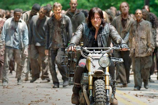 the-walking-dead-daryl-zombies